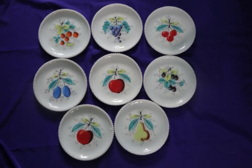 8 WESTMORELAND HAND PAINTED MIK GLASS BEADED EDGE PLATES Fruits