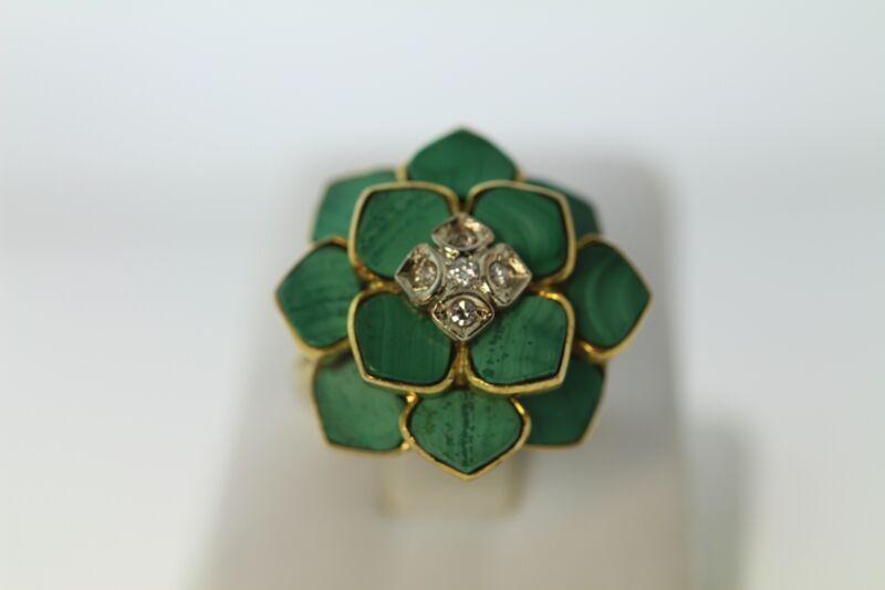 ART DECO 18K YELLOW GOLD MALACHITE AND DIAMOND FLOWER RING
