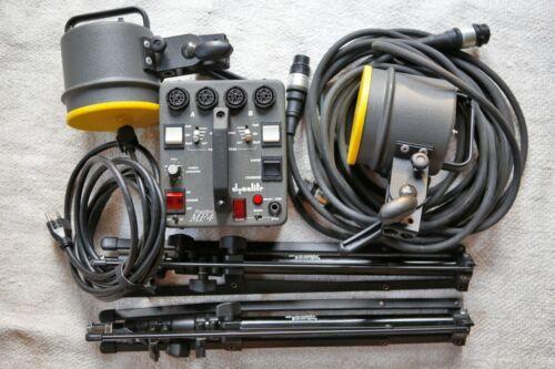 Dynalite strobe kit MP400 Power pack w/ 2 Flash Heads 2050 2000 watt, 2 Stands