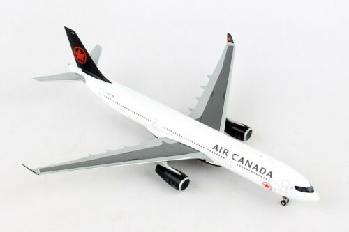GEMINI JETS (GJACA1737) AIR CANADA A330-300 1:400 SCALE DIECAST METAL MODEL