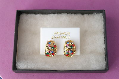 Beautiful Gold Color Earring With Multy Stones Red Blue Pink Green Without  Box