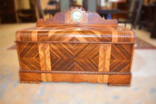 Rare 1948 Antique Art Deco Cedar Chest with Clock, Roos Sweetheart Trunk