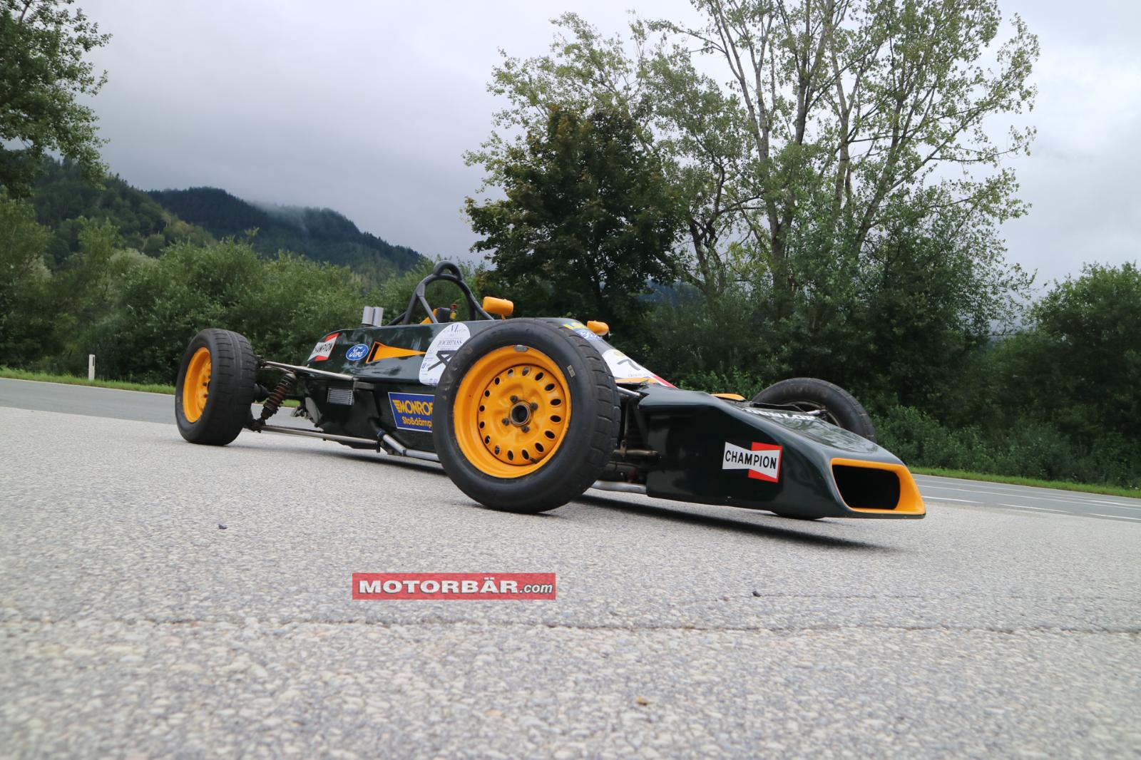 Formel Ford Van Diemen Racing Ayrton Senna da Silva Rennwagen Rennauto Historic