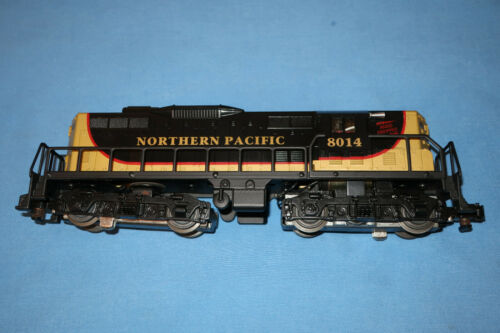 American Flyer by Lionel #6-48014 GREAT NORTHERN GP-9 #8014. Runs Well