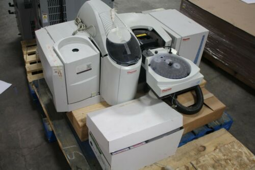 Thermo Scientific iCE3400 AA Spectrometer W/ GFS Graphite Furnace& Spare Parts