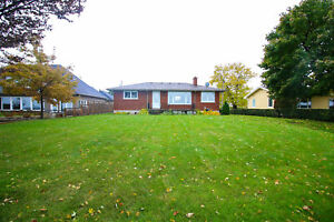 **WATERFRONT** Home in Niagara-on-the-Lake!!