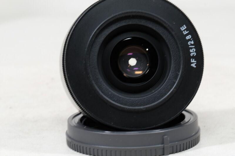 Samyang AF 35mm f2.8 Sony FE Mount IN BOX!!! EXC+++++