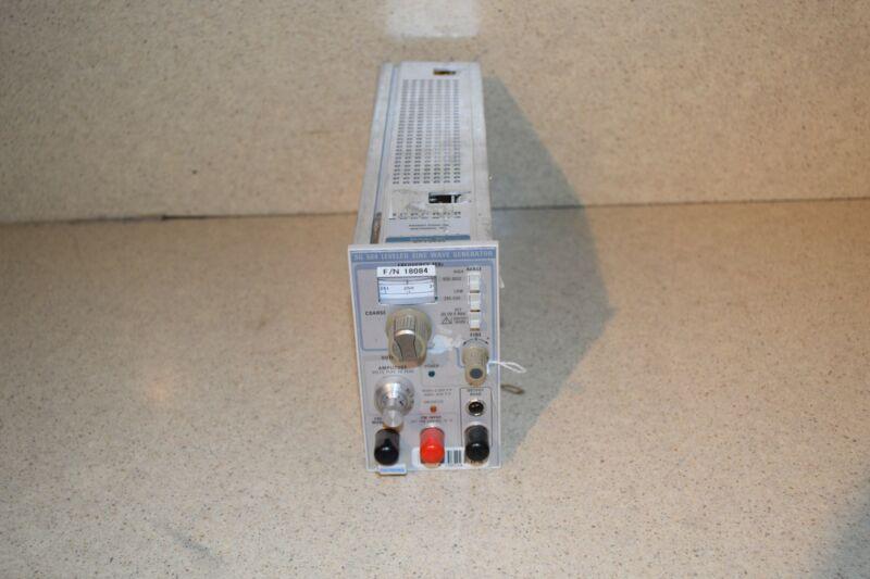 TEKTRONIX SG504 LEVELED SINE WAVE GENERATOR (TP1030)