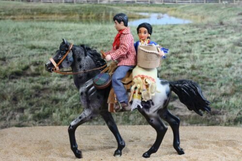 Lot of model horse and Breyer doll : Appaloosa Shuffler set for play