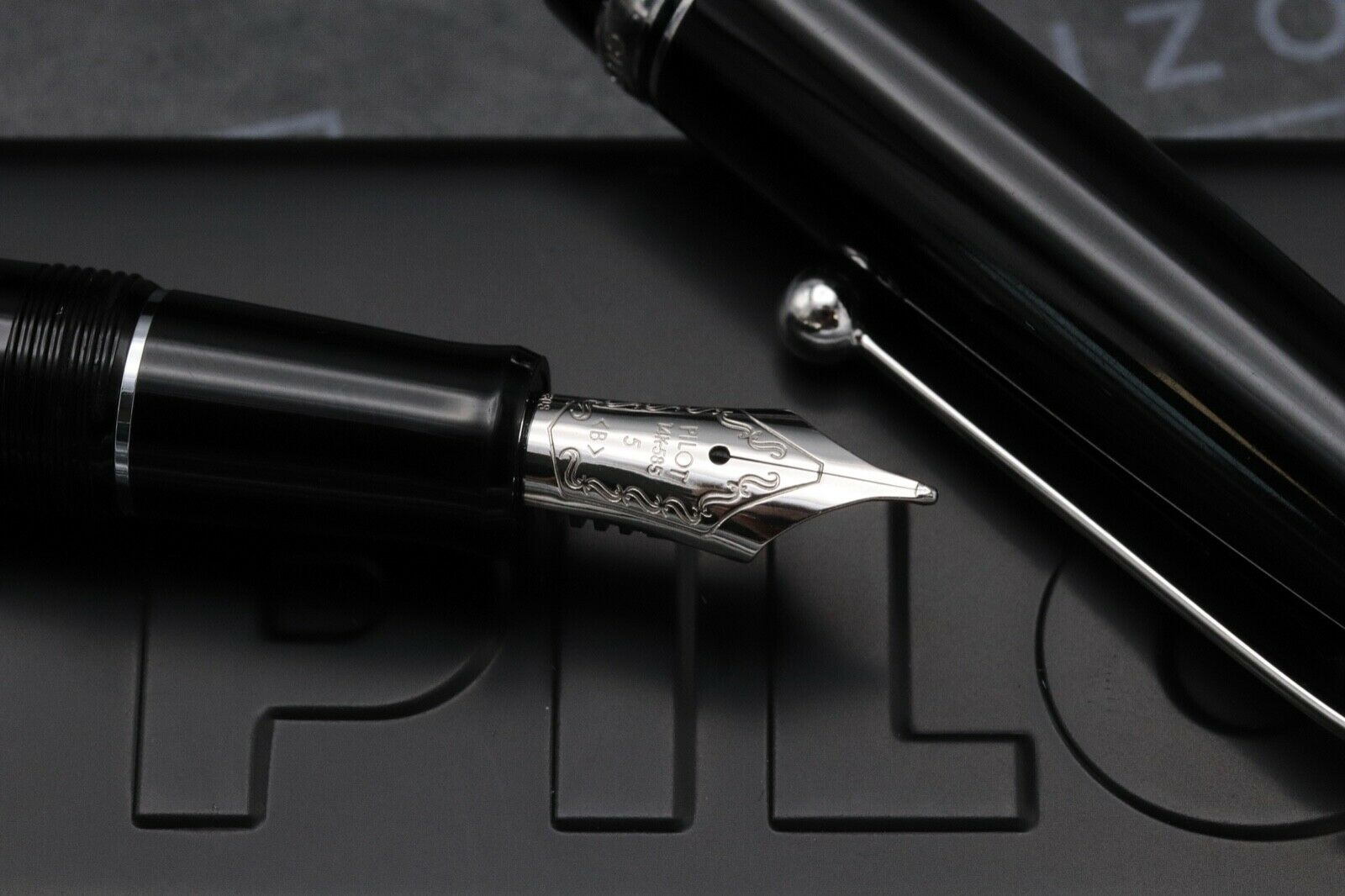Pilot Custom 74 Black Fountain Pen 2