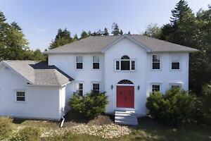 45 Bingham Drive-OPEN HOUSE SUN MAY 27TH 2-4 PM