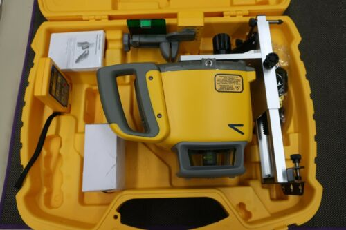 Spectra Precision HV302G Green Beam Construction Laser Auto self leveling -(D12)