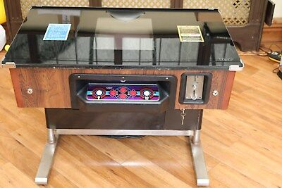 TAITO 1980 ORIGINAL 2 PLAYER CRAZY BALLOON ARCADE COCKTAIL TABLE *VERY RARE*