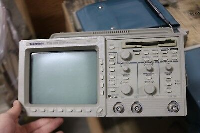 Tektronix Tds 380 Two Channel Digital Real-time Oscilloscope