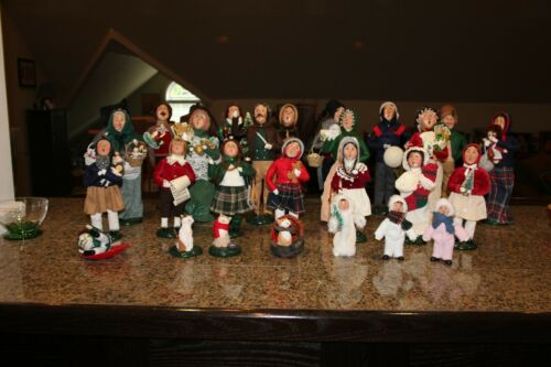 Byers Choice Carolers Large Lot Small and Large Christmas Carolers