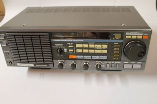 Kenwood  R-2000 Communications Receiver with VHF VC-10 Converter