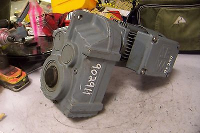 New Sew Eurodrive 12 Hp Gearmotor 240yy480y Vac 1700 Rpm 21 Rpm Out 1-38