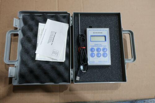 Digi-Sense 90080-09 Scientific Thermistor Thermometer with NIST-Traceable Probe