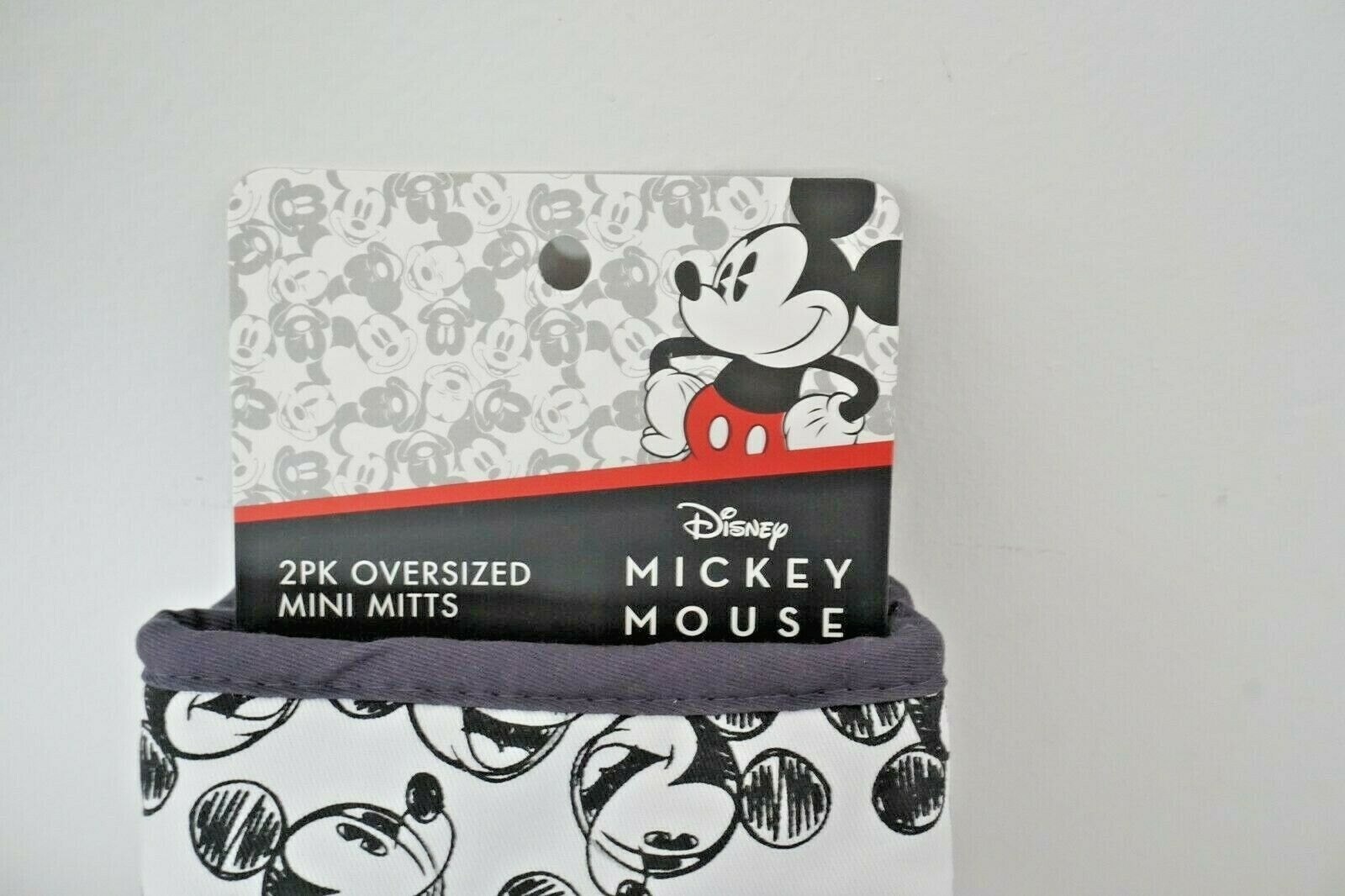 Disney Mickey And Minnie Mouse 2 Oversized Mini Oven Mitts NEW