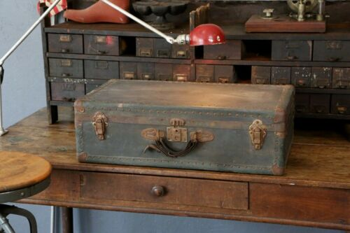 Vintage Military Footlocker Trunk Studded Coffee Table Storage Box case antique