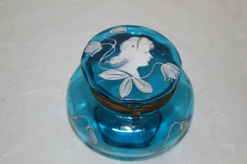 ANTIQUE HAND PAINTED MARY GREGORY BLUE GLASS HINGED TRINKET/POWDER BOX/JAR