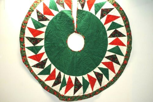 Hand Quilted Christmas Tree Skirt, Flying Geese Pattern, 47 In Diameter