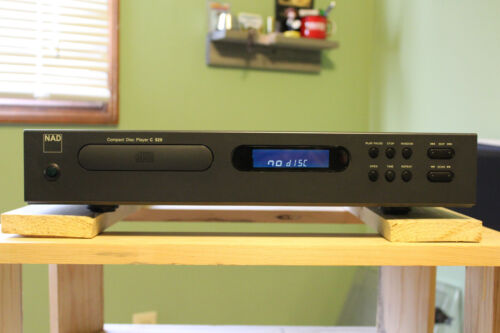 NAD C520 CD Player/Transport…SUPER CLEAN!!  W/REMOTE…WORKING BACKLIGHT!!!