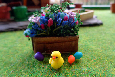 Dolls House / Fairy Garden Miniature Accessories: Chick and 3 Easter Eggs