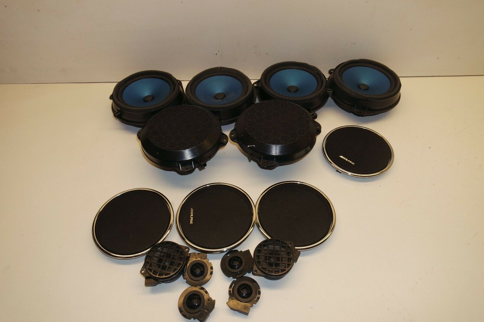 2005 Jaguar Xj Vanden Plas Alpine Speakers Set Covers X12 Ebay Xj8 Problems