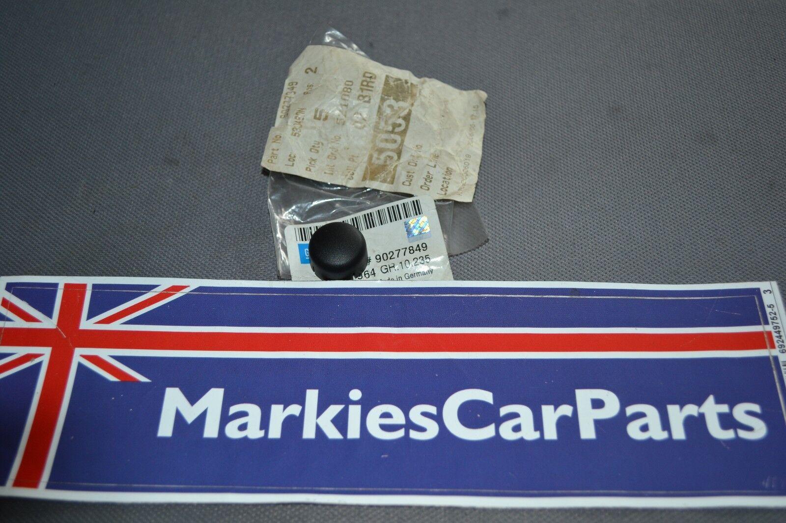Vauxhall Cavalier Front bumper moulding cap Right side Centre 90427924 1989-95