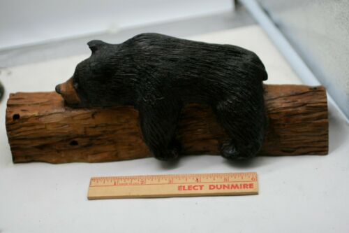 Hand Carved Wood Black Bear RED WOOD FOREST 1999 E3