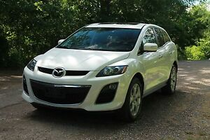 2010 Mazda CX-7 GT AWD + Leather + Sunroof