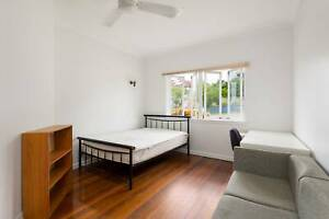 Double Room for Rent in Sharehouse