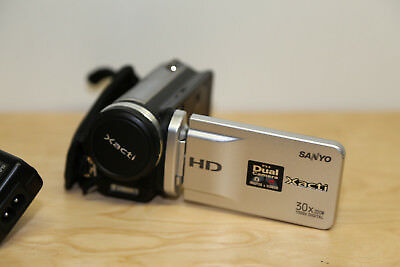 "Sanyo Xacti VPC-TH1 HD Camcorder 1.1 Mpix 30x Zoom 3"" LCD 4 GB MP4 1280 x 720p for sale  Shipping to South Africa"