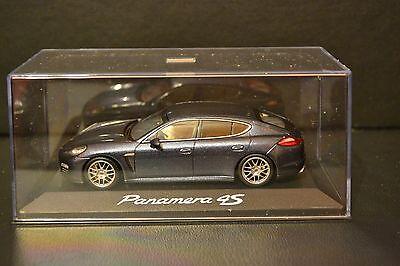 Porsche Panamera 4S 2009 Minichamps in scale 1/43  for sale  Shipping to Nigeria