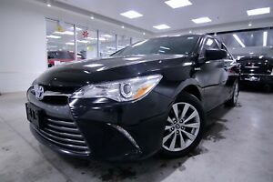 2015 Toyota Camry Hybrid Navigation|Backup Camera|Heated seats|B