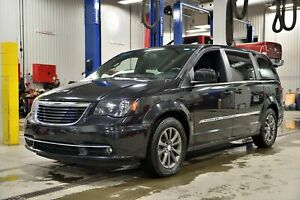 2015 Chrysler Town & Country S * GPS * CAMERA * DVD * PORTES *