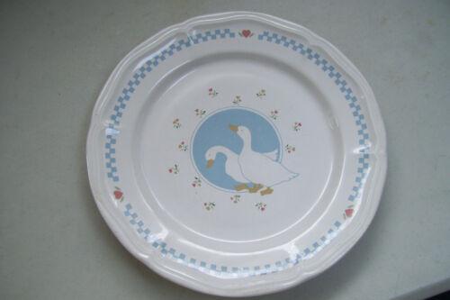 "Vintage Stoneware Moonlight Thailand Goose Geese 10.5"" Dinner Plate"