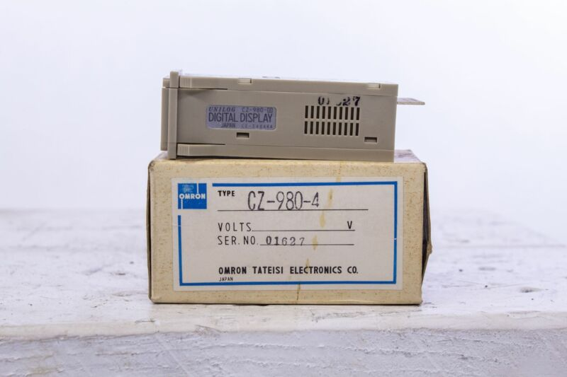 Omron Digital Display CZ-980-4 CZ-S4044A