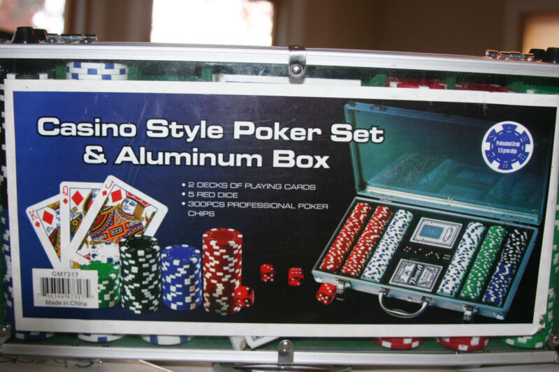 300 casino style poker chip set Free Shipping