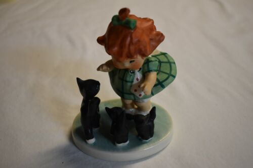 """Goebel Hummel Red Head Charlot BYJ 3 """"Oops"""" Girl with Cats Figurine *"""