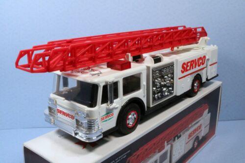 1990 Servco Gas Fire Truck Bank w/ Extension Ladder, Siren, Lights & Flashers