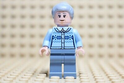 LEGO Genuine Super Heroes Spiderman Aunt May From Set 76115 Minifig Minifigure