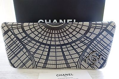 chanel sch nste tasche clutch grau hell grau neu ebay. Black Bedroom Furniture Sets. Home Design Ideas