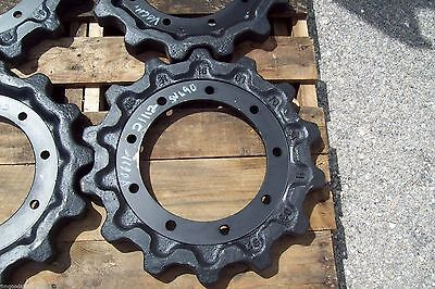 Kubota Svl90-95 Replacement Drive Sprockets By Dominionship Same Business Day
