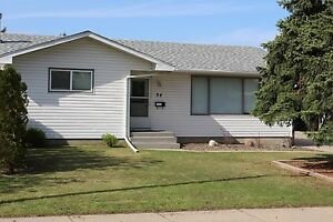 Lawson Heights - Renovated 4 Bedroom House! Close to Amenities!