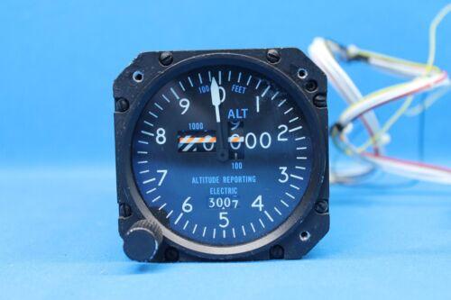 ARC Encoding Altimeter EA-401A P/N: 42540-8128 (22668)