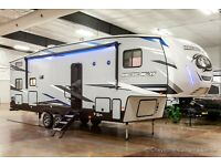New 2022 Forest River Cherokee Arctic Wolf 287BH Bunkhouse 5th Fifth Wheel Bunks