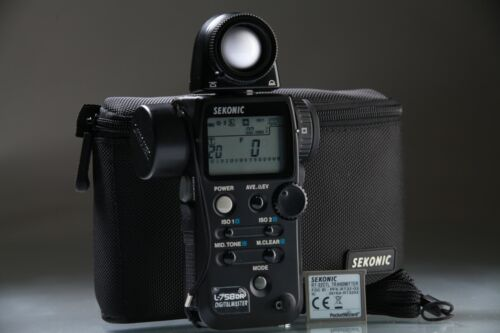 Sekonic L-758DR DigitalMaster Light Meter + RT-32CTL TRANSMITTER MODULE
