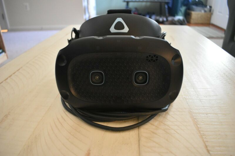 Vive Cosmos Elite (Headset Only) (Amazing condition)